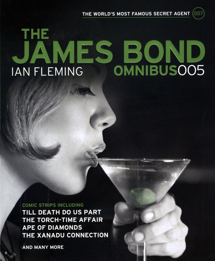 Review THE JAMES BOND OMNIBUS Published By Titan Books