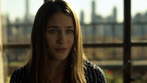 "Lola Kirke as Hailey in ""Mozart in the Jungle"""